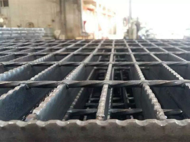 广州齿形钢格栅板